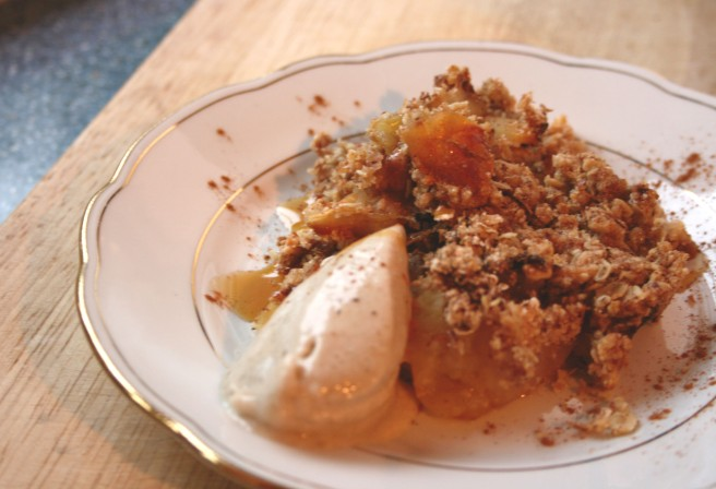 Simply Berlin Apple Crumble